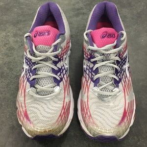 Asics Womens Sz 9 Gel Nimbus 17 Running Shoes